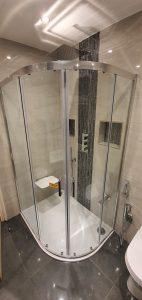 Luton Shower Enclosure